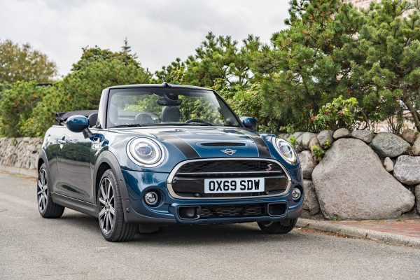 Limited edition MINI Cooper S Sidewalk Convertible